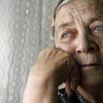 Help Your Elderly Parent Avoid Winter Holiday Depression